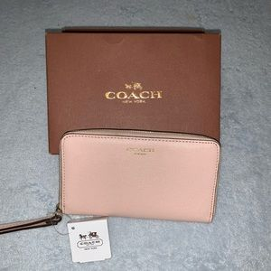 Coach Saffiano leather wallet wristlet NWT